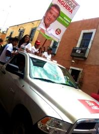 Campaigners for Enrique Agüera, the PRI candidate